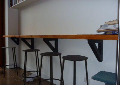 Indoor-Breakfast-Bar