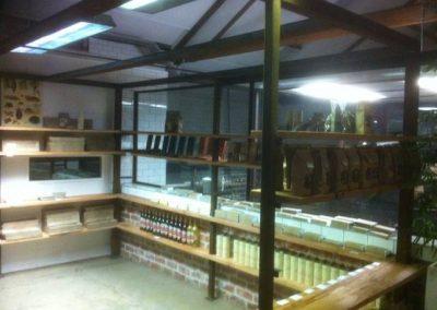 Internal-Shop-Shelves-Display-Feature
